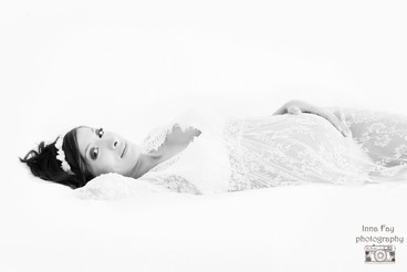 Beautiful Mom to be in her maternity photo shoot in NYC