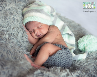Nyle newborn + family session