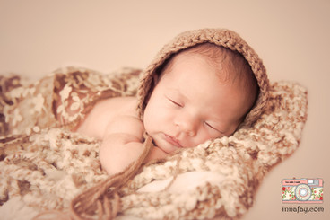 Beautiful baby girl newborn photography