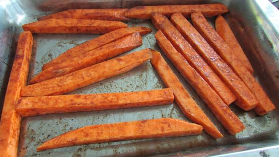 Roasted Sweet Potato Fries with Cinnamon