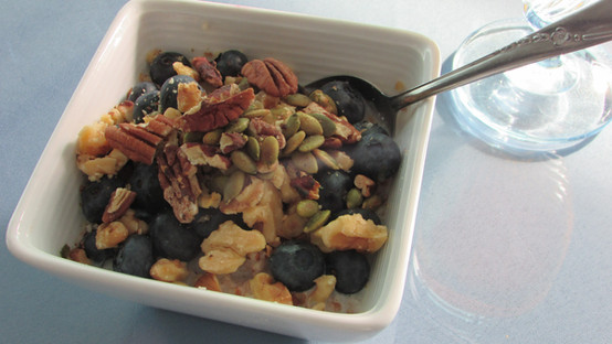Bulger with Blueberries with Nuts & Seeds