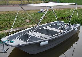 Barque électrique sans permis pour des promenades sur la saône