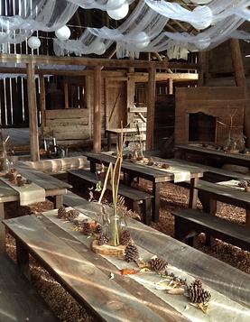 Hitchin-Barn-Inside-wedding-decor-.PNG
