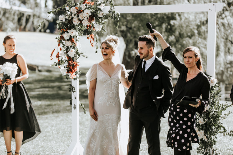 Best Marriage Celebrant in Sydney, South Coast & Sutherland Shire