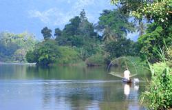 Lake Maninjau 3 hrs drive NE in the