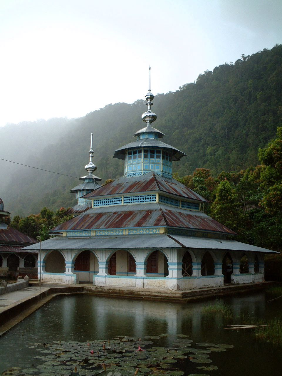 Mountain mosque