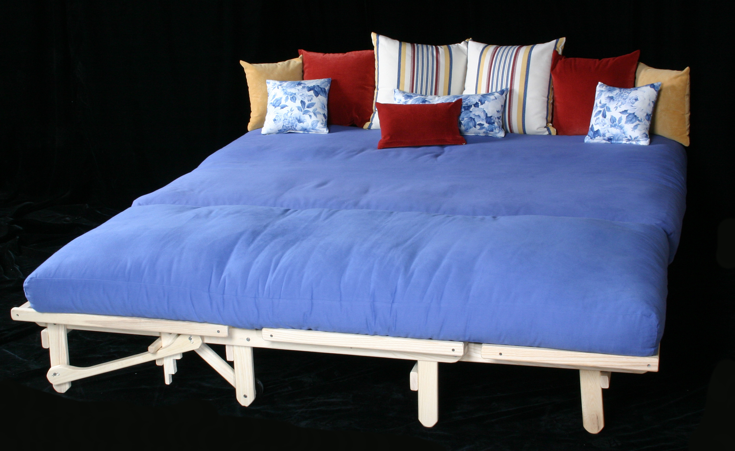 Sofa with Cot Chaise make a King Bed
