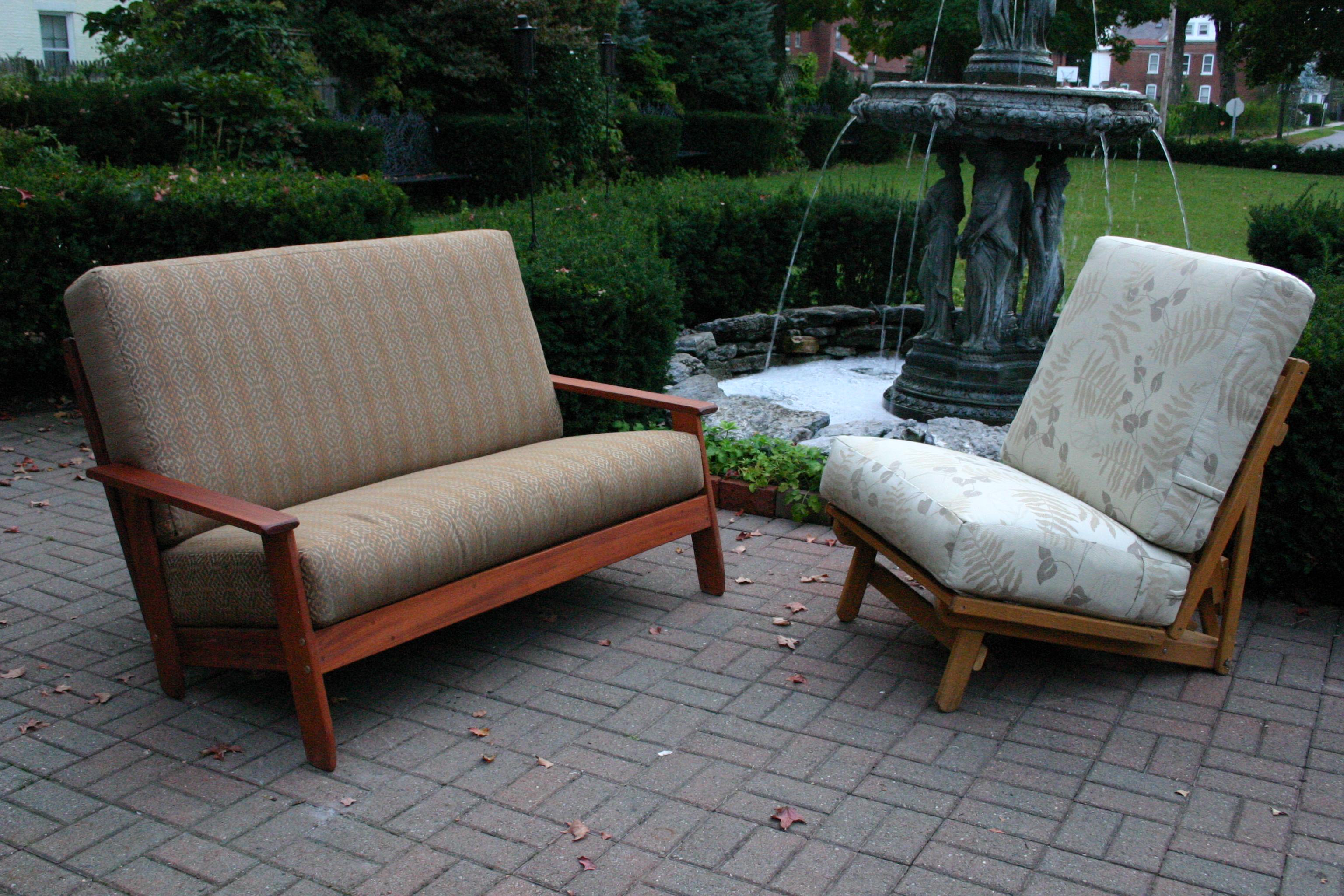 Scandia Loveseat & Freedom Chair