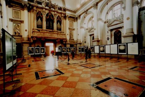 Ausstellung Venedig Chiesa San Stae II