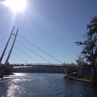 Brückenschlag