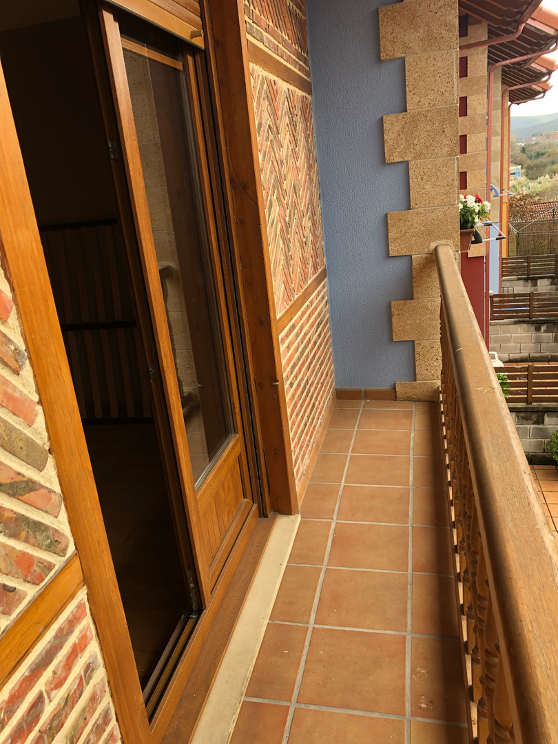 Balconada de madera.JPG