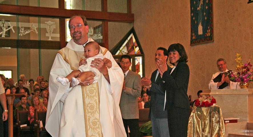 IMG_1113[1] Fr Tom Baptism-300.jpg
