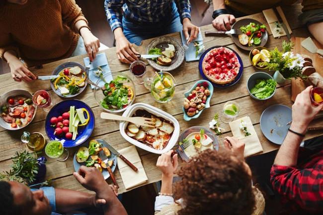 Timp de calitate cu familia si mese sanatoase cu meniurile Foodkit