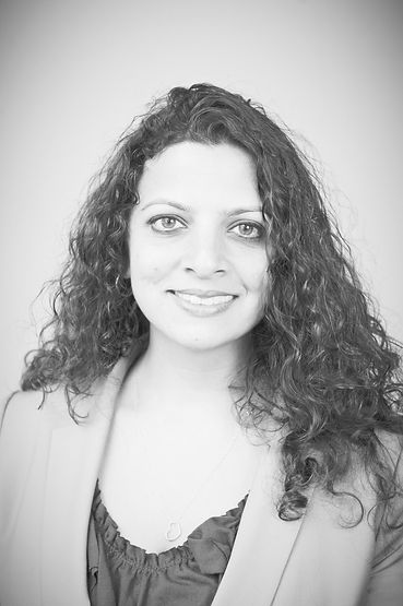 Neeru Paharia - Head Shot_edited_edited.jpg