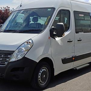Renault Master 17 seat minibus