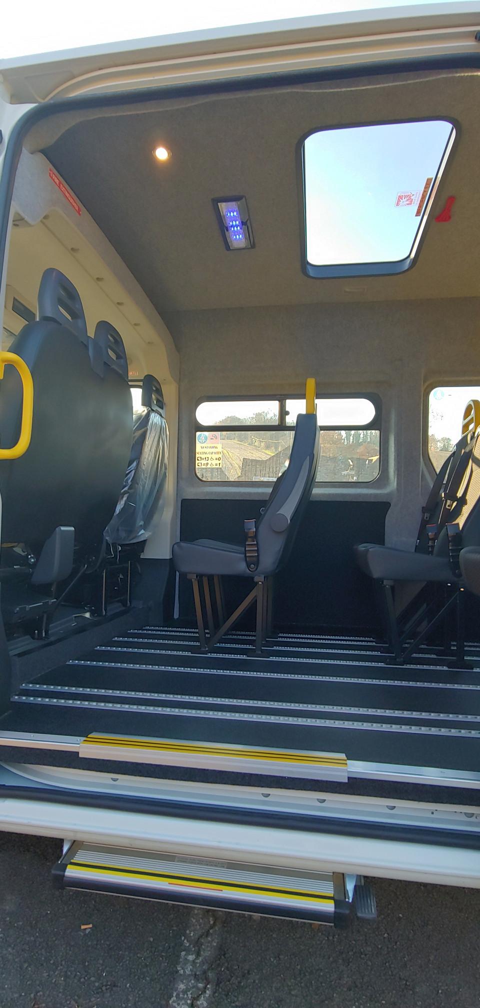 Warnerbus converted Citroen Relay manual side step