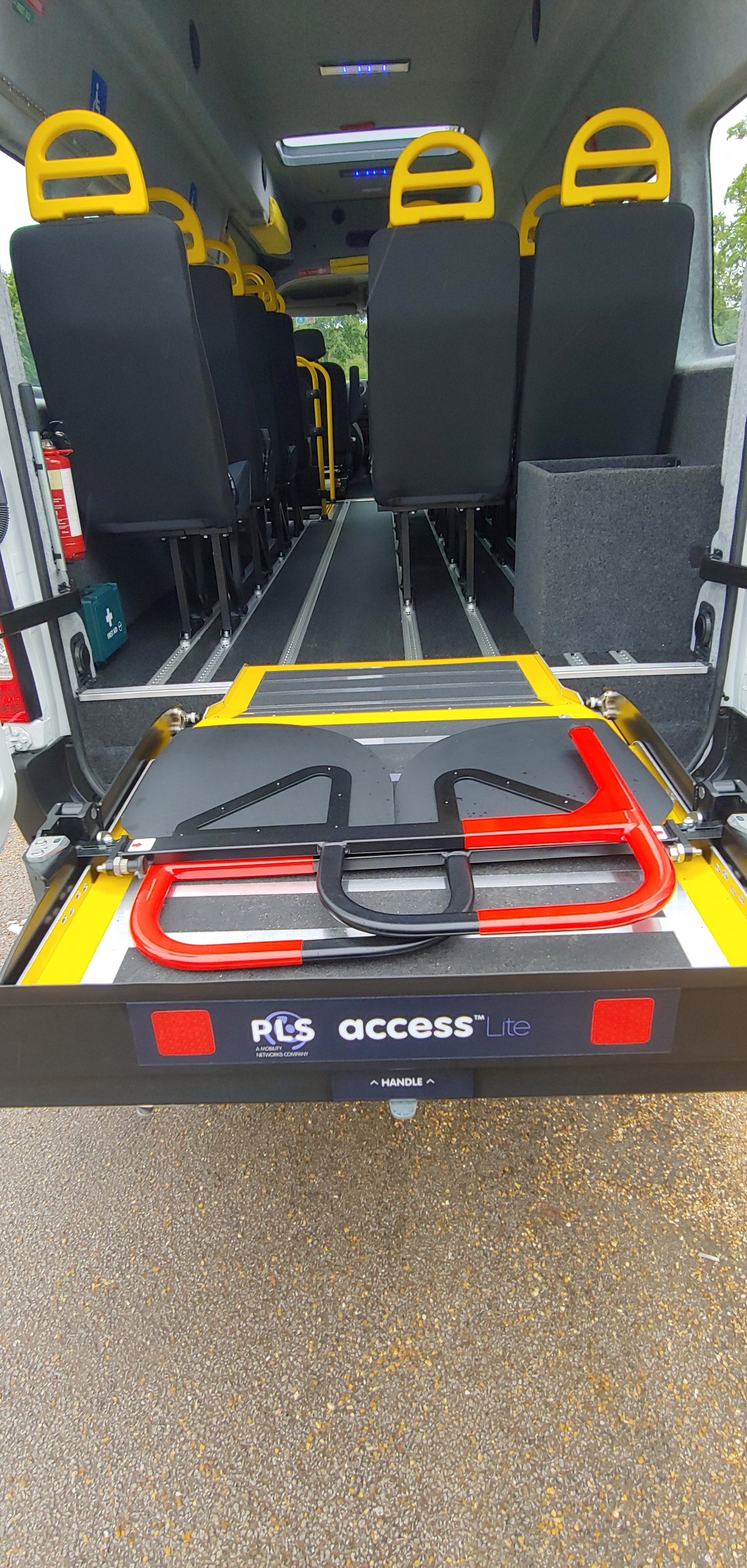 Underfloor Tail lift