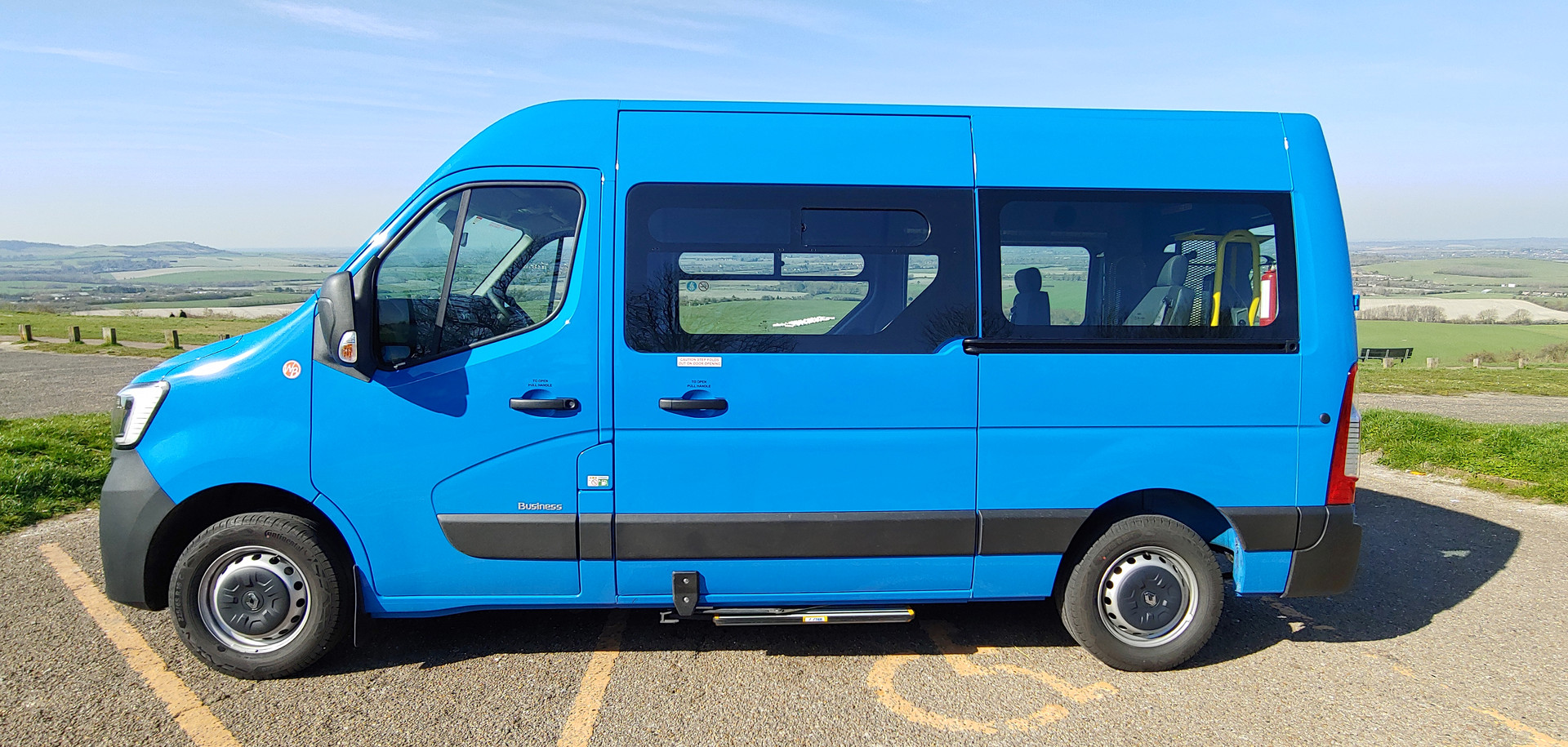 Renault Master 4 seat Wheelchair Accessible Minibus