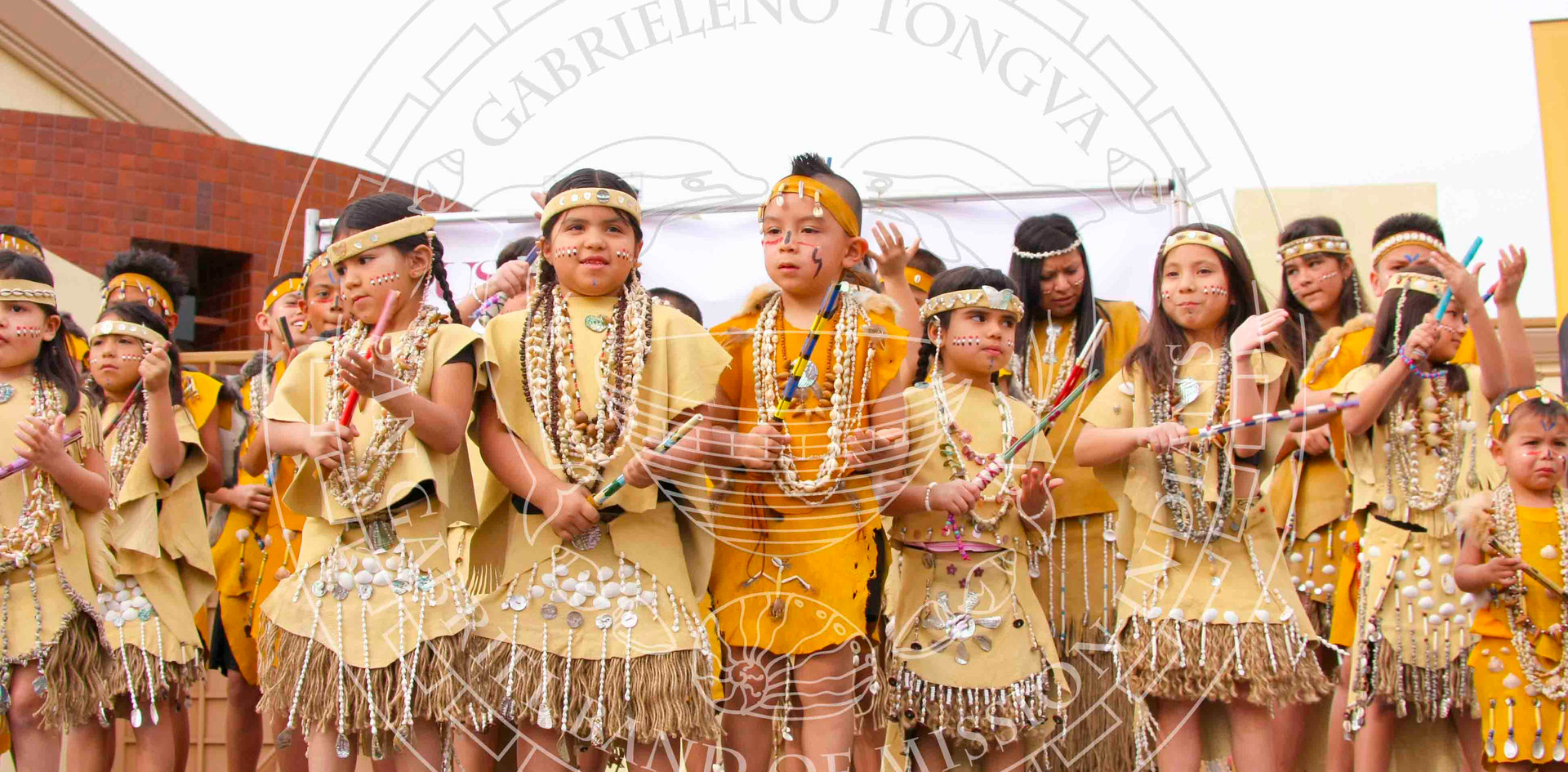 Tongva children performing