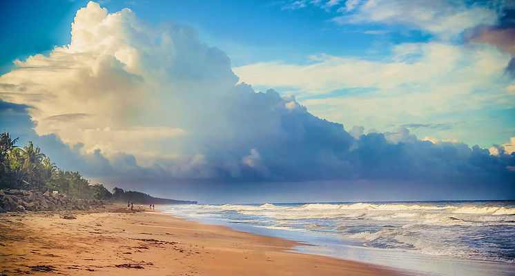 Sunrise_at_Cherai_Beach_edited.jpg