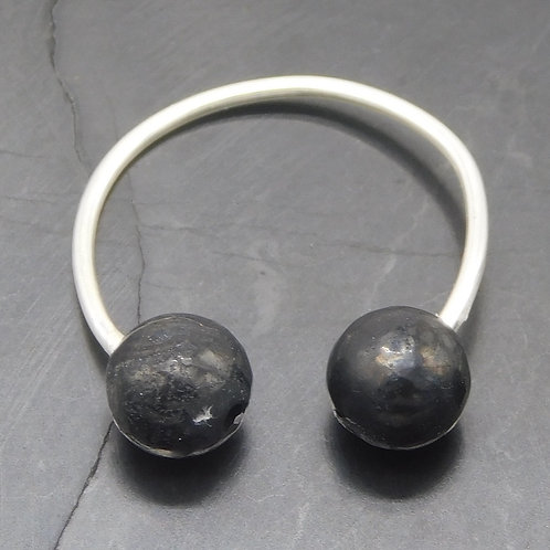 6mm Shungite & Sterling Silver Ear Cuff