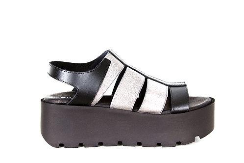 NILA&NILA sandals