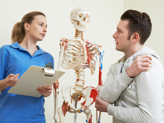 When Should You See a Chiropractor After a Car Accident?