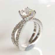 18ct White Gold Crossover