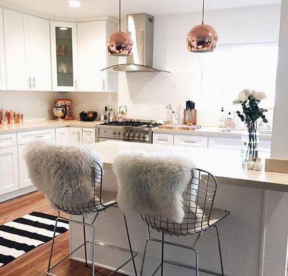 cozinha decorada com pelucia
