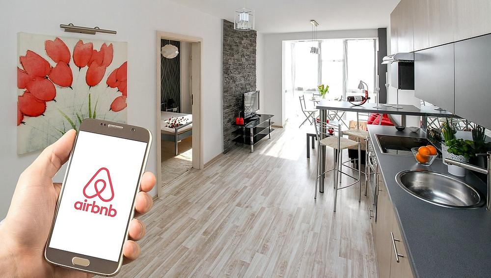 להשכיר דירה ב- AIRBNB