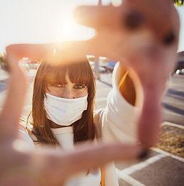 picture frame girl.jpg