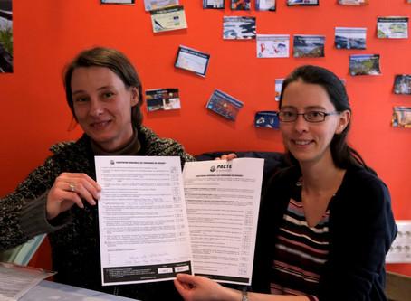 1ère signature du pacte pour la transition d'un(e) candidat(e) aux municipales avec SMET