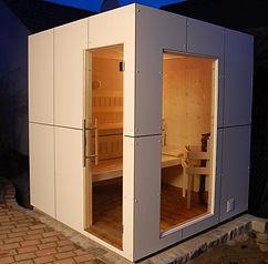 Der futuristische Sauna-Würfel findet in jedem Garten Platz