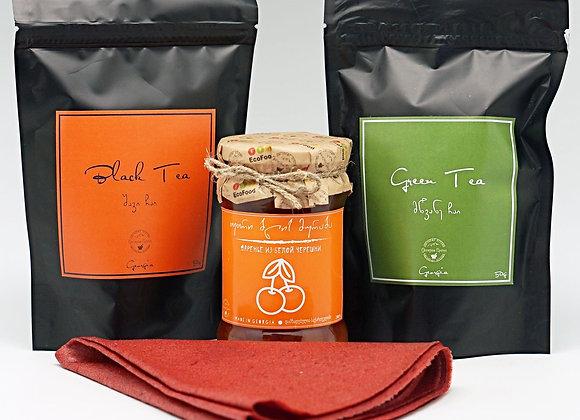Набор подарочный: грузинский чай, варенье из белой черешни, тклапи из сливы