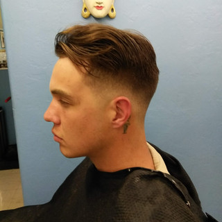 Contour taper comb back