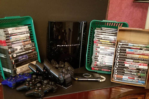 Lot 120 - Sony PlayStation 3 & Games