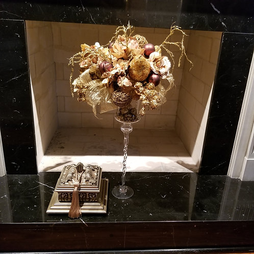 Lot 9 Glass Vase & Decor Box