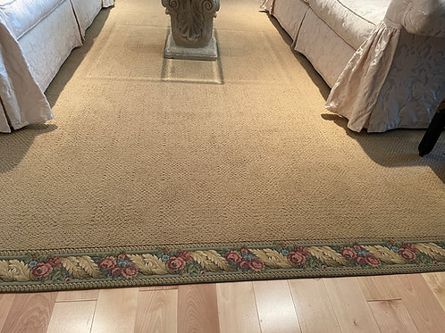 Lot 31 - Large Synthetic Carpet