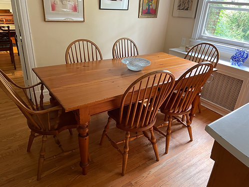 Lot 1 - Pine Harvest Table & Chairs