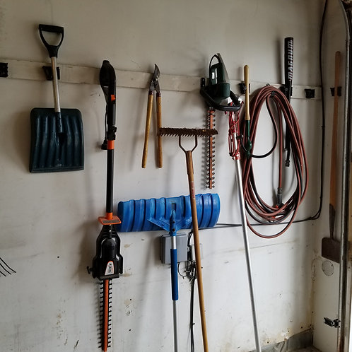 Lot 66 - Hedge trimmers, etc...