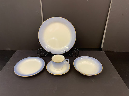 Lot 107 (A) - Mikasa Dishes - Service for 6