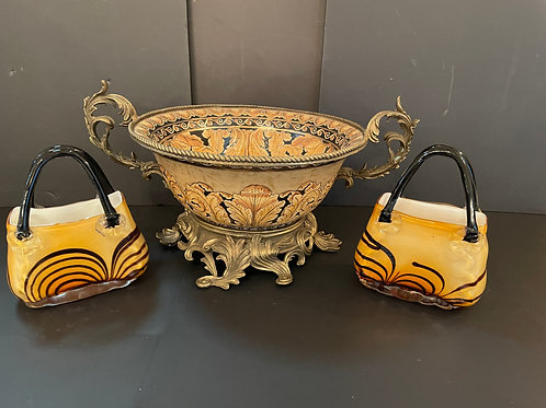 Lot 16 - Bowl on Stand, etc...