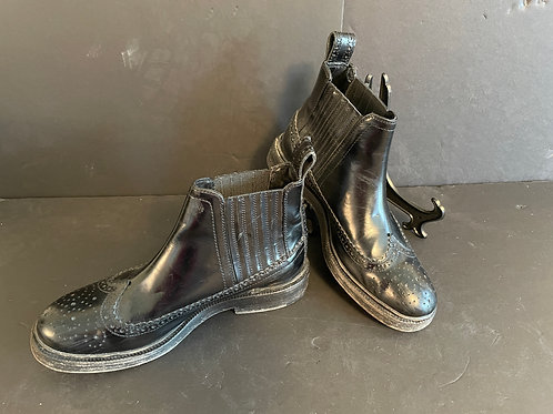 Lot 87 - Ankle Boots by Joseph