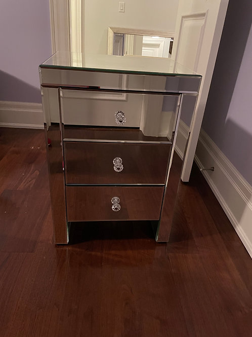 Lot 52 Mirrored Side Table