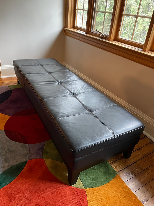 Lot 17 - Leather Day Bed/Bench