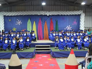 CEISB realiza formatura dos alunos das turmas do último ano da educação infantil