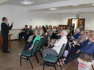 Grupo Sênior promove encontro para refletir sobre vida saudável em tempos modernos