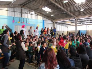 """Encontro """"Família em Foco"""" no CEISB reforça engajamento social na Vila Zumbi"""