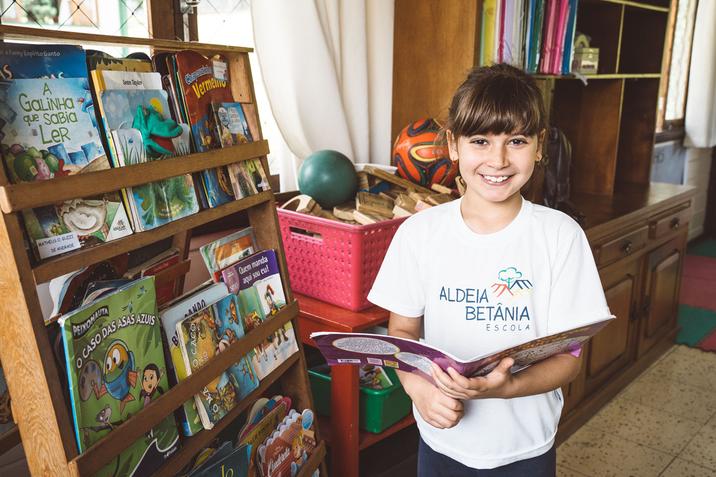 Amanhã é o Dia da Educação e queremos te indicar uma leitura!