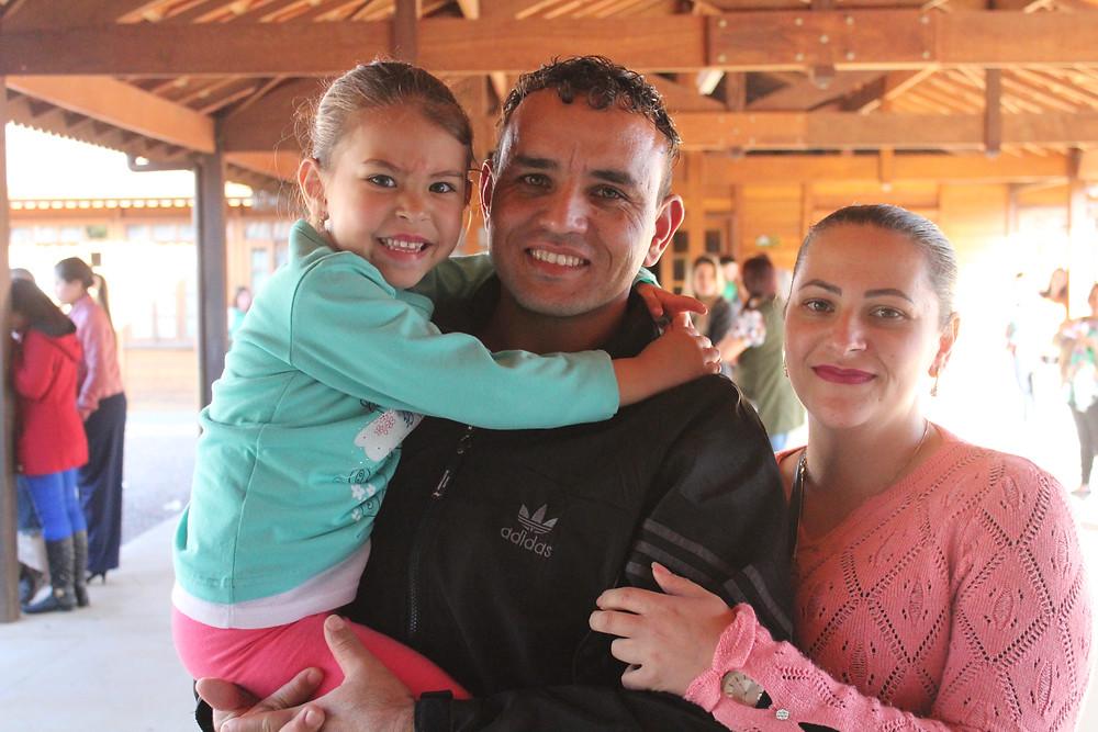 O casal Kauê e Cristiane de Melo, ambos voluntários